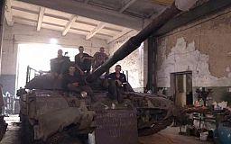 Константин Усов: «Все криворожские танки, находящиеся на передовой, обеспечены дополнительной защитой»