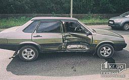 Сломал ногу в ДТП. В Кривом Роге на объездной столкнулись ВАЗ и Daewoo