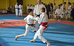 Юные криворожские спортсмены одержали победу на Чемпионате области по каратэ-до