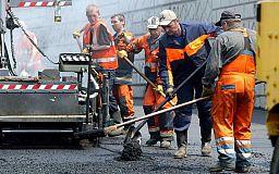 Долгинцевский район продолжают благоустраивать, ремонтируются дороги
