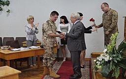 Криворожскому воину АТО вручили орден «За Мужество» III степени