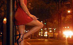 Молодая мама в декрете наняла на работу проститутку