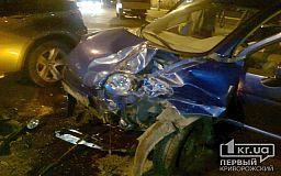 ДТП в Кривом Роге: BMW X6 не разминулся с Chery