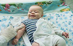 Ни сном ни духом: Минздрав отчитался о вакцине, которой нет