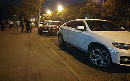 Конфликт на дороге: В Кривом Роге водитель BMW Х6 угрожал пистолетом