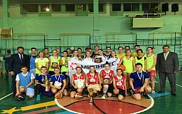 В Кривом Роге впервые состоялся турнир по стритболу среди школьников