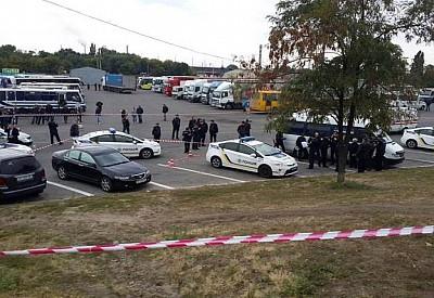 ВДнепре нарушивший ПДД мужчина застрелил полицейского