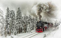 Поезда Укрзалізниці задерживаются из-за снегопада
