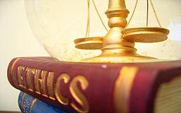 В Кривом Роге можно получить бесплатную консультацию юриста