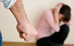 4 мільйони українок страждають від фізичного насильства