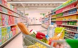 Жители Украины покупают дешевые продукты