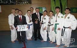 Криворожанин стал чемпионом мира по рукопашному бою. Его «коллега» удостоился Кубка лучшего спортсмена мира