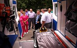 Кривой Рог получил 6 автомобилей скорой помощи