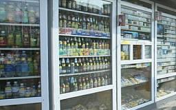 Сигареты и алкоголь запретят продавать в ларьках