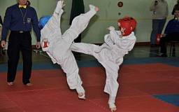 В Днепропетровске состоялся открытый Чемпионат области по Киокушин каратэ