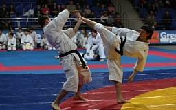 Криворожские каратисты привезли с Чемпионата Европы 11 медалей