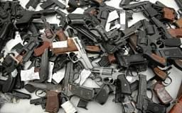 Криворожане могут добровольно сдать незарегистрированное оружие в милицию