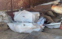 Более тонны металла: криворожанин устроил в грузовике пункт приема лома