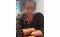 Под столом от полиции прятался криворожанин, который жил в чужой квартире