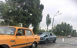 На объездной дороге в Кривом Роге в ДТП попали два авто (обновлено)