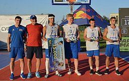 Двое криворожских баскетболистов в составе молодежной сборной стали призерами чемпионата Украины