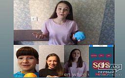 Криворожские школьницы разработали мобильное приложение, которое заняло призовое место в Международном IТ-конкурсе