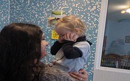 Криворожане удочерили трёхлетнюю девочку