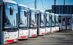 На СевГОКе обновили автопарк пассажирского транспорта для комфортной и безопасной перевозки сотрудников