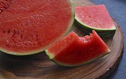 Как выбрать спелый и вкусный арбуз: ТОП-5 советов