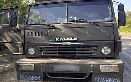 На криворожской трассе водитель КАМАЗа предлагал взятку патрульным