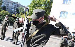 Почти 100 военнослужащих 21-й отдельной бригады получили боевое оружие