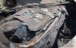 Ночью в Кривом Роге сгорели два автомобиля