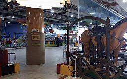 Сотрудники одного из детских развлекательных заведений в Кривом Роге работали без масок