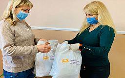 Разом проти коронавірусу: більше 2 500 захисних масок отримали мешканці Широківського району від волонтерів