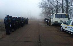 В криворожском поселке, где в декабре участились происшествия, на усиленное патрулирование заступили полицейские и нацгвардейцы