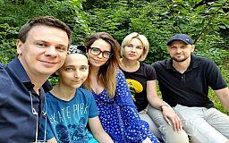 Рецидив: четырнадцатилетнему криворожанину срочно собирают на лечение лимфомы Беркитта