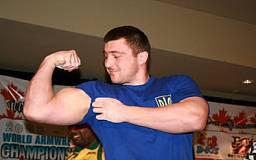 Криворожский армреслер завоевал две призовые медали на чемпионате мира в Казахстане