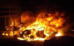 На Днепропетровщине в автомобиль ДПС бросили «котктейль Молотова»