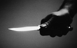 Ревнивая криворожанка пырнула ножом своего сожителя