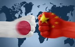 Япония не приветствует действия России, Китай призывает к миру