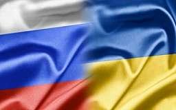 Украинские пограничники заверяют, что РФ уже пропускает грузовики с товарами