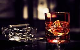 В Украине собираются значительно поднять цены на табачную и алкогольную продукцию
