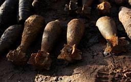 Возле села Лозоватка обнаружено и обезврежено 155 устаревших снарядов времен войны