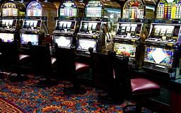 В Дзержинском районе правоохранители накрыли зал игровых автоматов