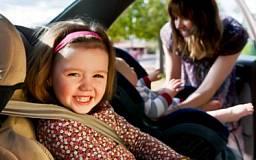 ГАИ Днепропетровщины беспокоится о безопасности детей в автомобиле