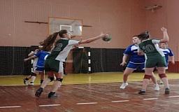 Криворожская команда примет участие во всеукраинских соревнованиях по гандболу