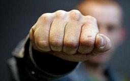 В Криворожском районе мужчина избил свою мать