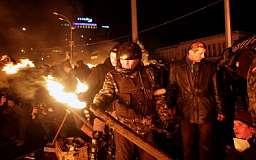 Бойцы внутренних войск массово сдаются в плен протестующим