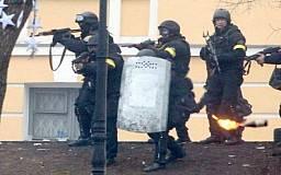 На майдане действует третья сила, котрая провоцирует активистов и силовиков, - бывший начальник разведки