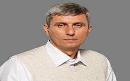 Андрей Гальченко: Выборы должны проходить в честной конкурентной борьбе. Кандидаты должны доказывать избирателям свою правоту конкретными делами, а не подачками